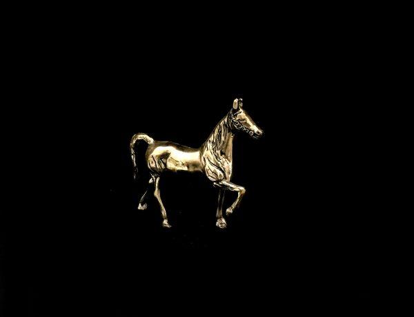 مجسمه برنزی طرح اسب کوچک